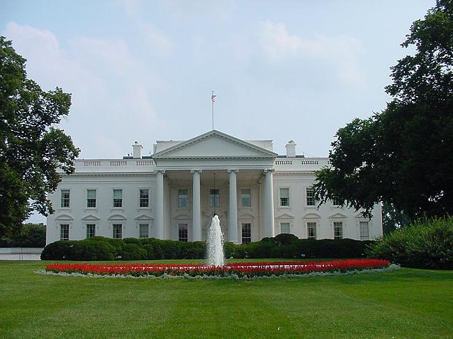 Obamas Turning The White House To Green?