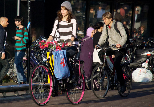 Bicycling: Easy Way to Reduce Your Carbon Footprint