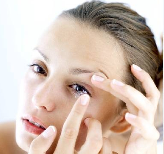 Habits to Avoid to Keep Contact Lens in Good Shape